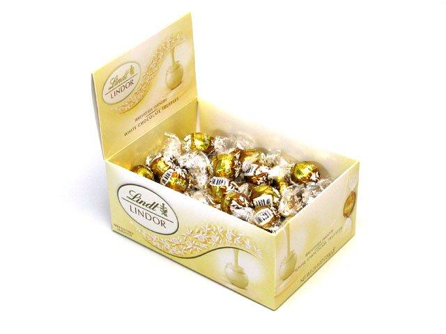 Lindt LINDOR White Chocolate Truffle Box (60ct)